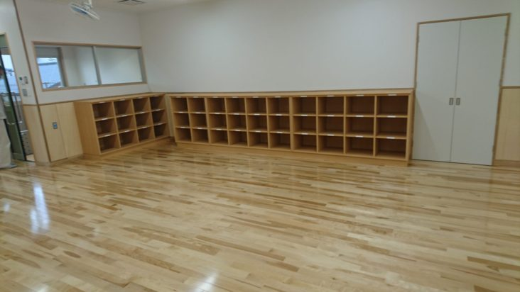 学校造作家具15