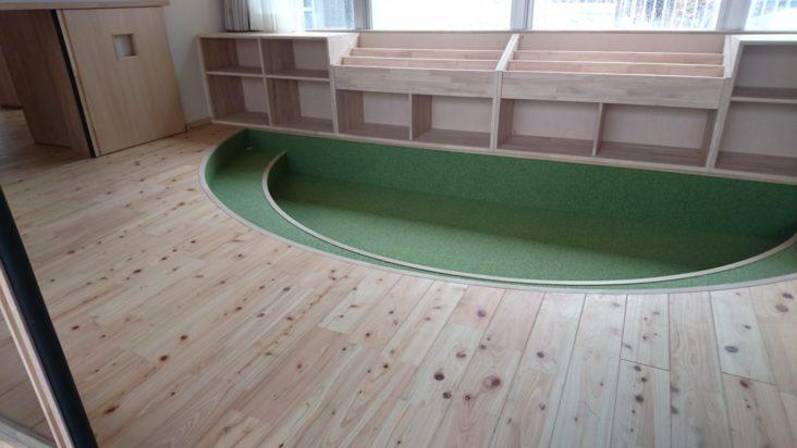 幼稚園造作家具6